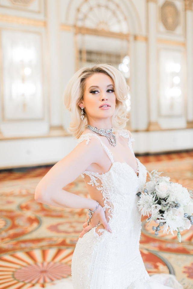 beautiful glam wedding bride look
