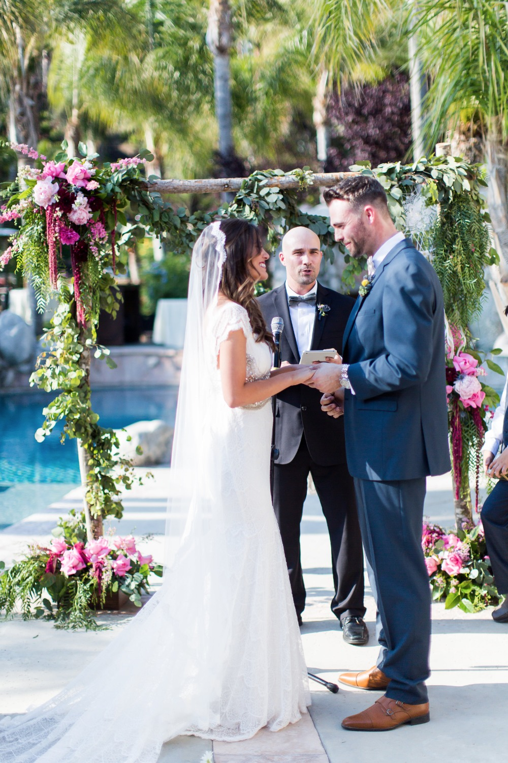 The sweetest outdoor reception