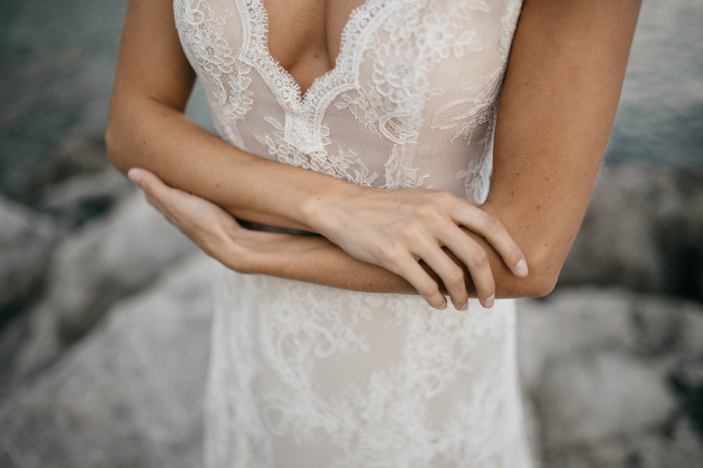 lace low cut wedding dress