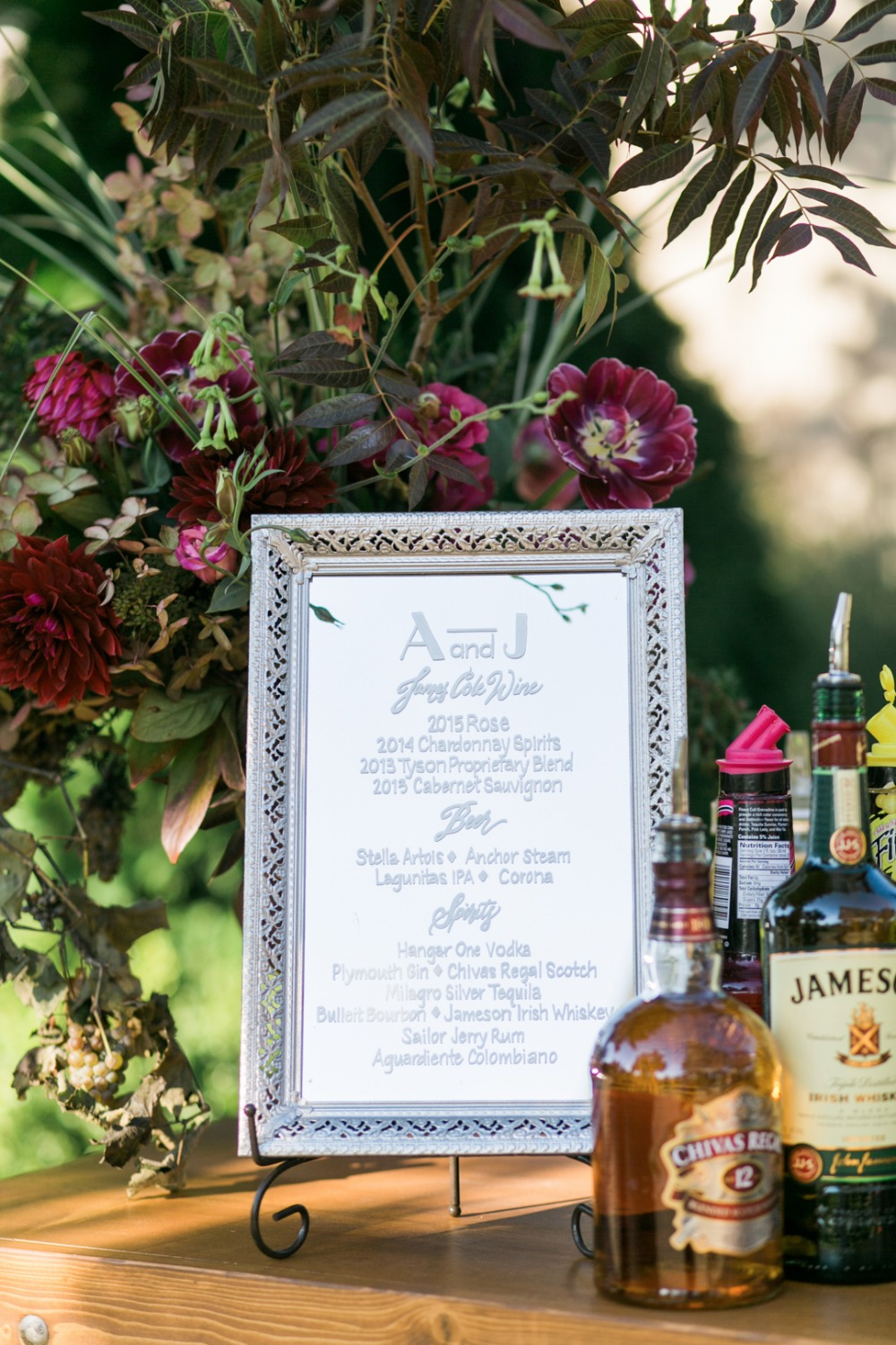 build your own gin and tonic wedding bar