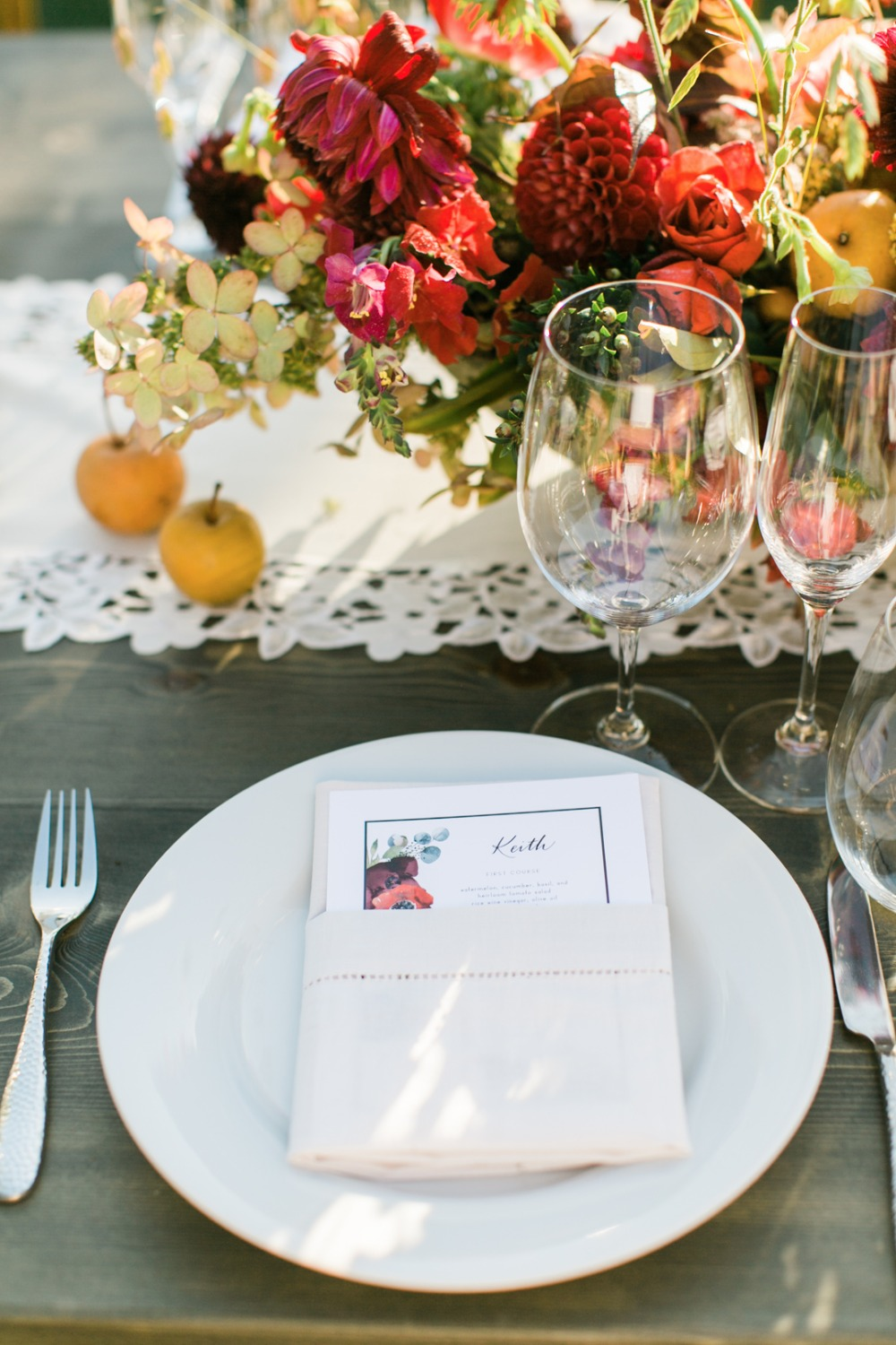 late summer red and gold wedding place setting