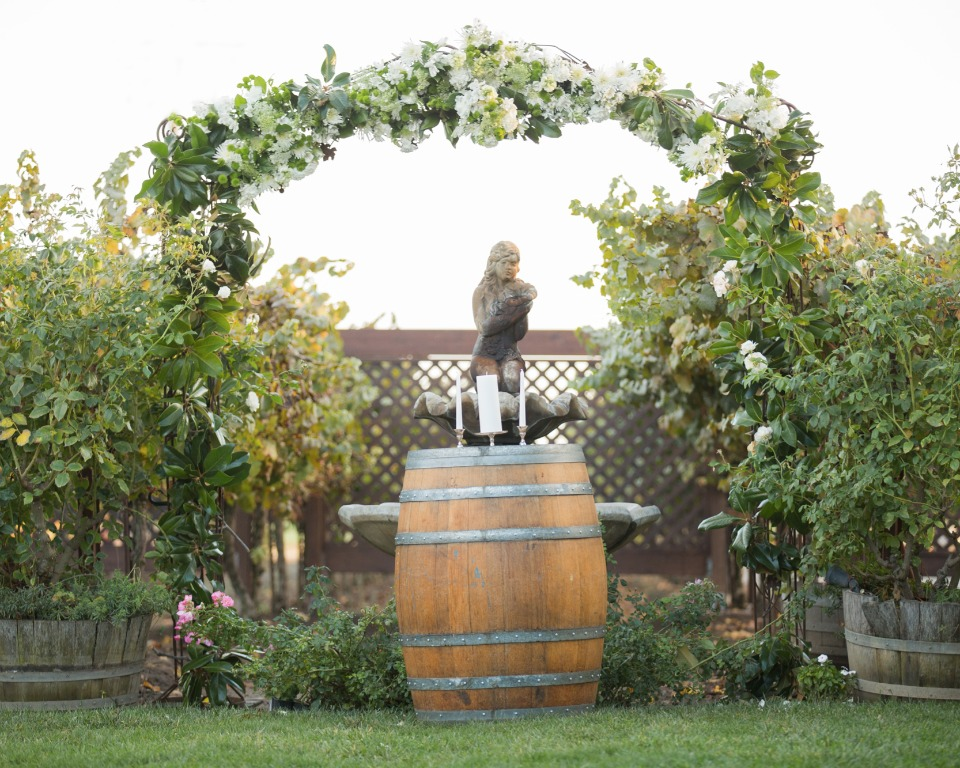 Scribner Bend Vineyards Wedding