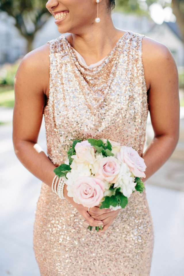Love the contrast between the sparkly dress and bouquet