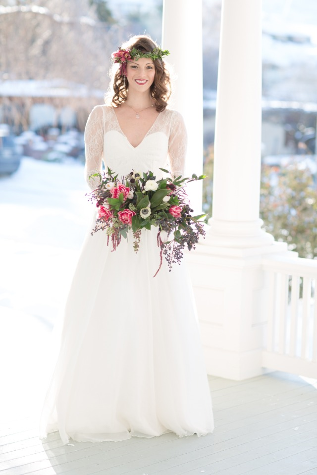 Gorgeous winter bridal look