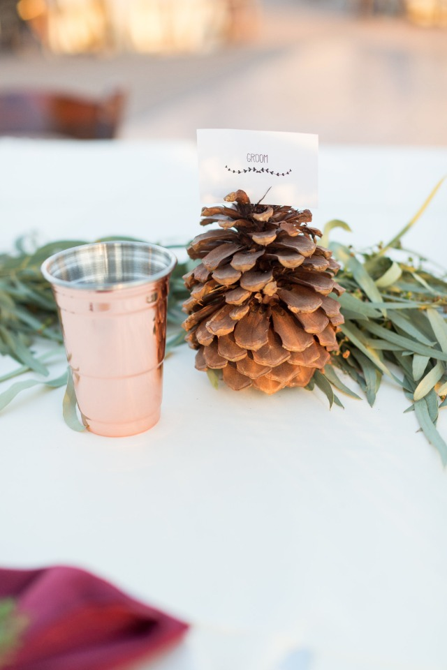 pine cone place card holder and rose gold Solo cup