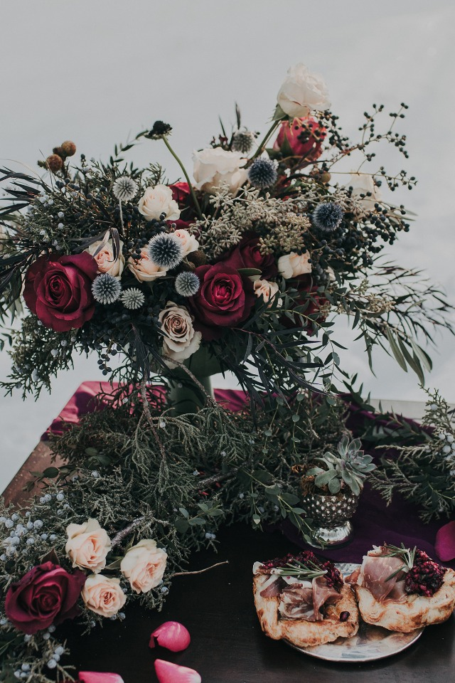 romantic and wintry wedding decor