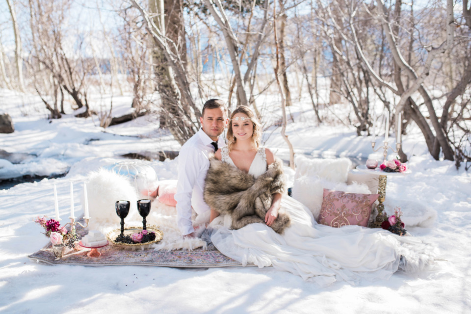 creekside winter wedding picnic ideas