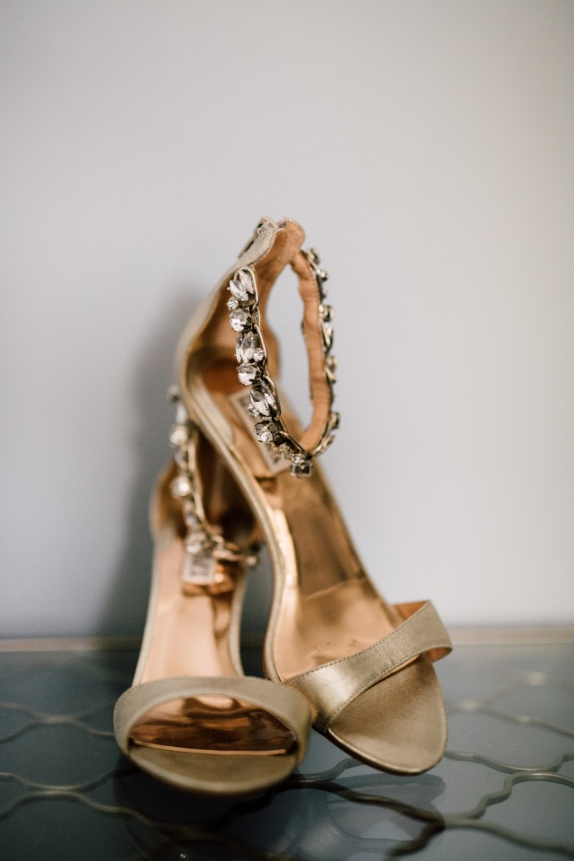 Gold heels for the bride-to-be