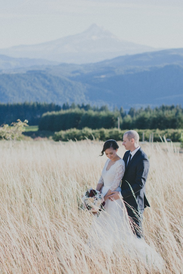 Bride and groom with Mount Hood in the background