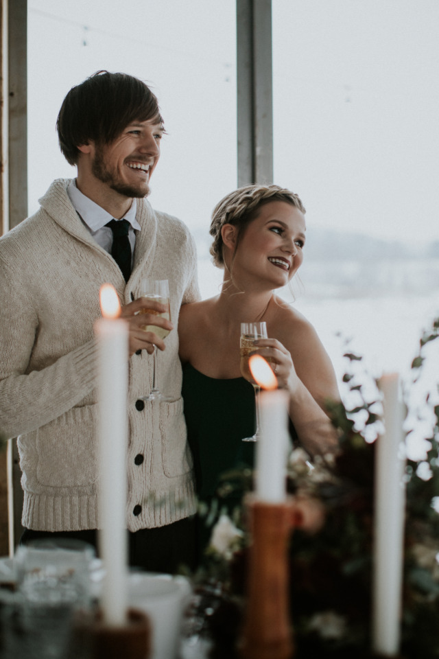 toasts for a winter wedding