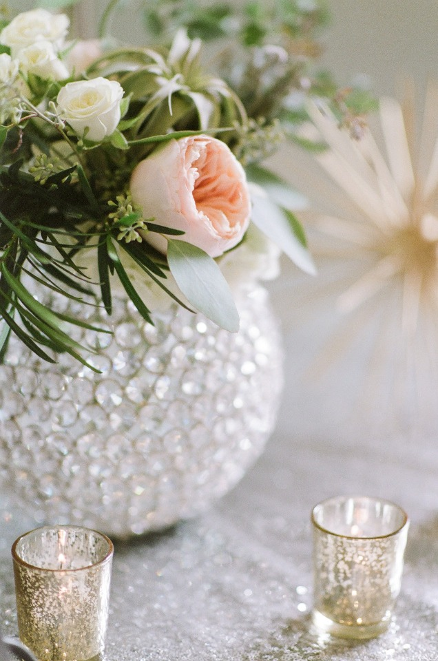 gold and crystal modern wedding decor