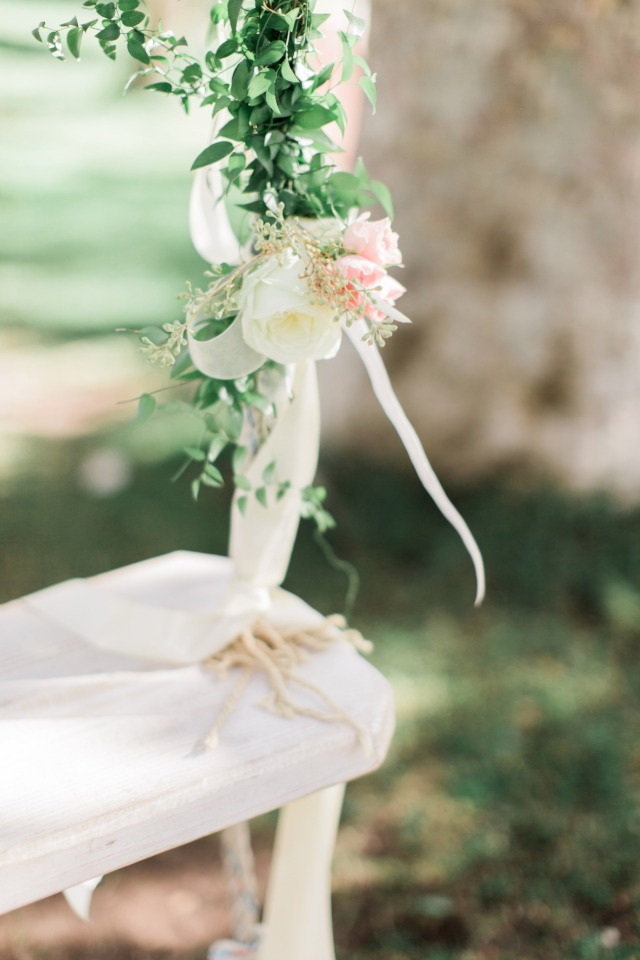 Floral swing decor