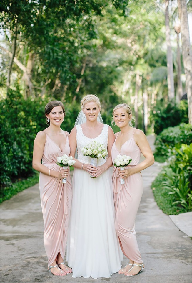 modern bridesmaid dress in blush pink #wcstyleandpose