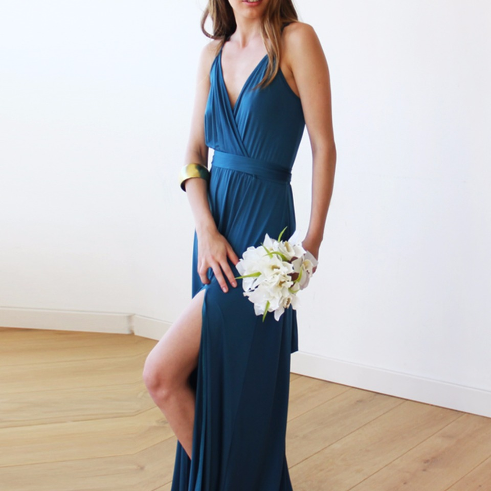 Sea blue bridesmaid dress #wcstyleandpose