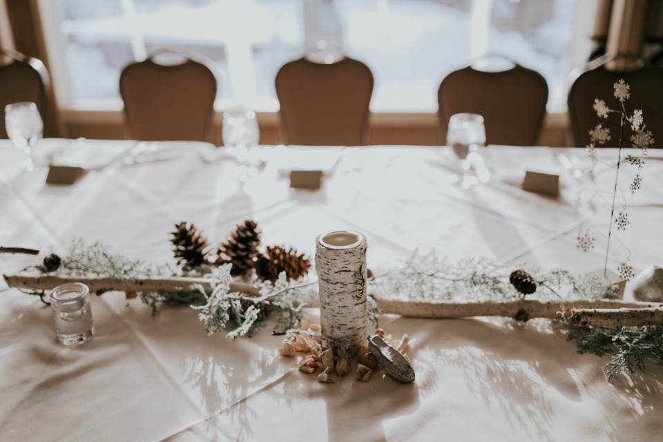 rustic winter time table decor