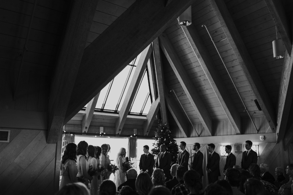 tying the knot at Timberline Lodge