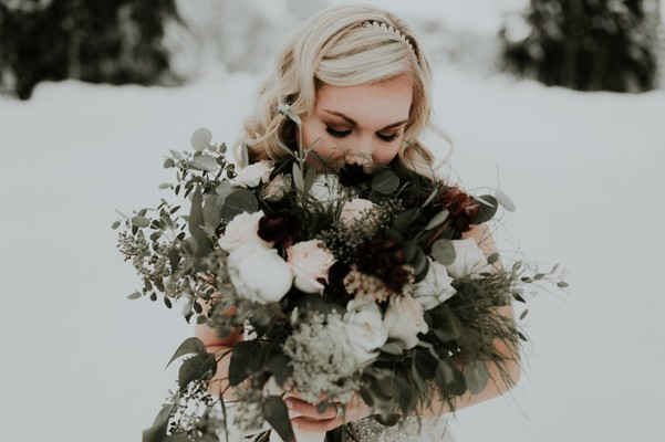 Frosty Little Lodge Wedding At The Top Of Mount Hood In Oregon