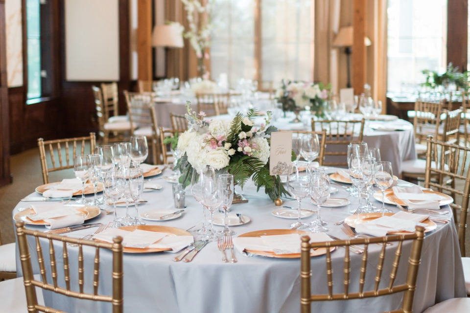 gold and silver wedding table decor