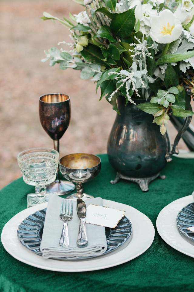 Sweetheart table details