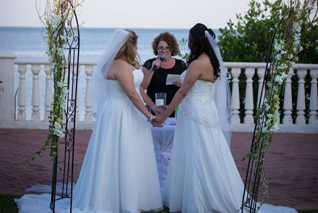 Profile Image from Barefoot To Elegant Wedding Officiants