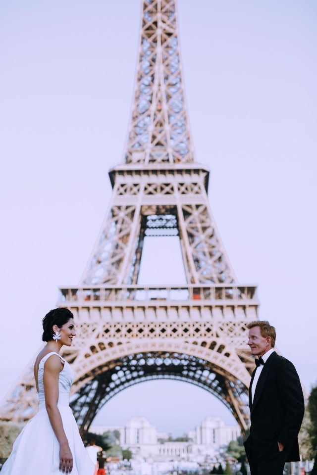 Pre-wedding photo session in Paris
