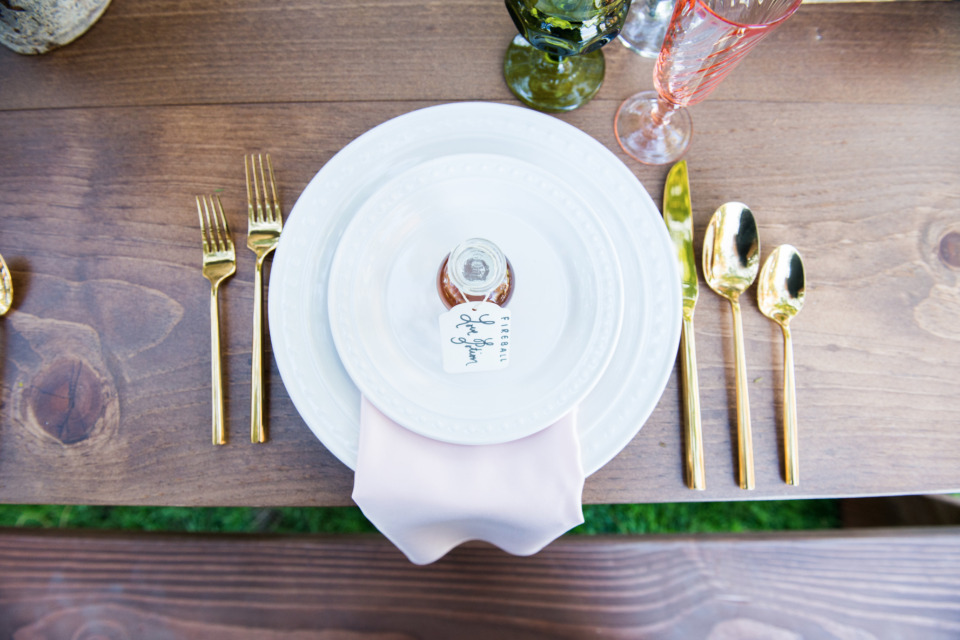 simple and sweet wedding place setting