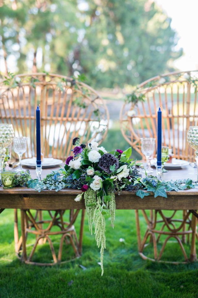 beautiul wedding sweetheart table