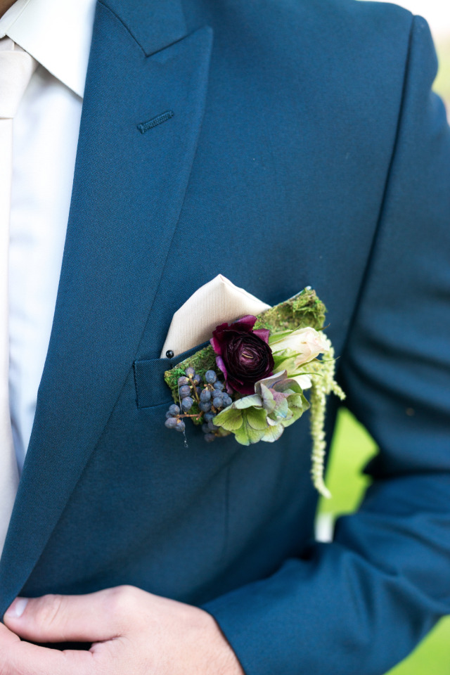 blue and purple wedding boutonniere