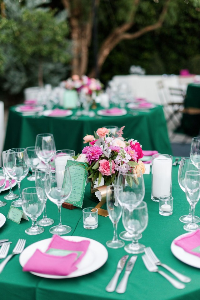 Emerald and pink table decor
