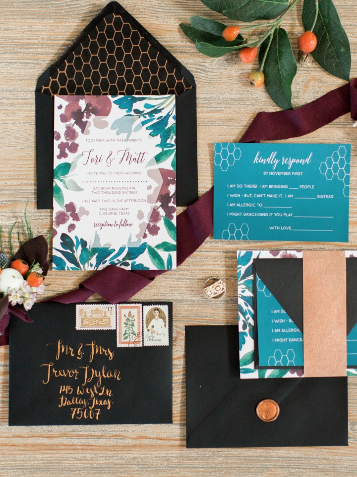 Modern chic invitation suite