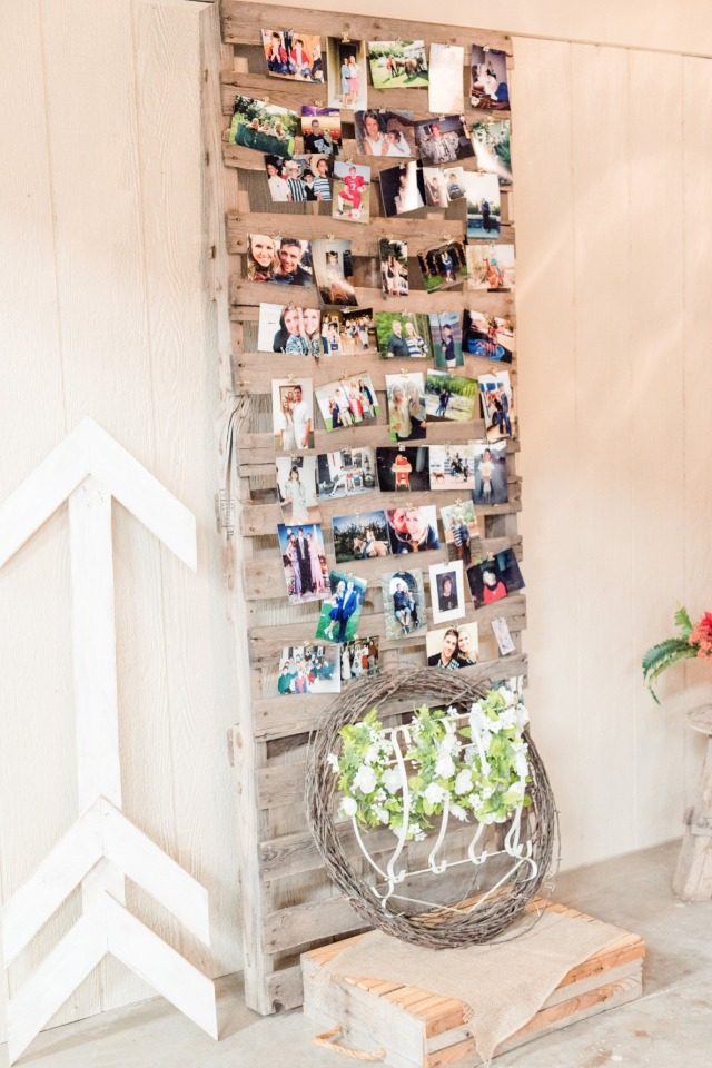 Cute pallet photo wall