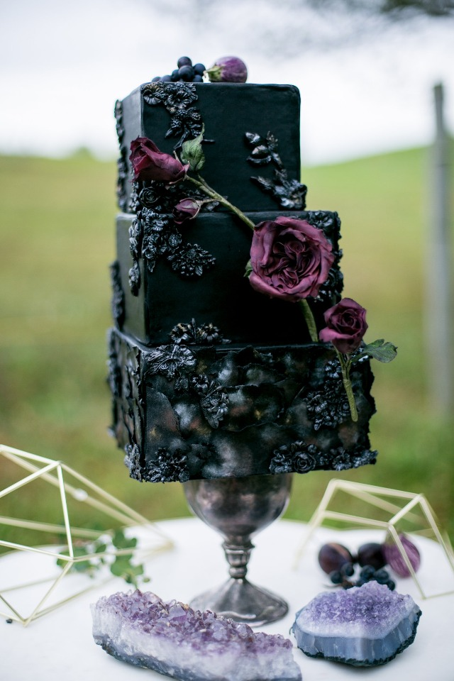 romantic black and deep purple wedding cake