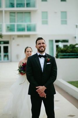 Beautifully Unique Miami Wedding + A Pizza Cake
