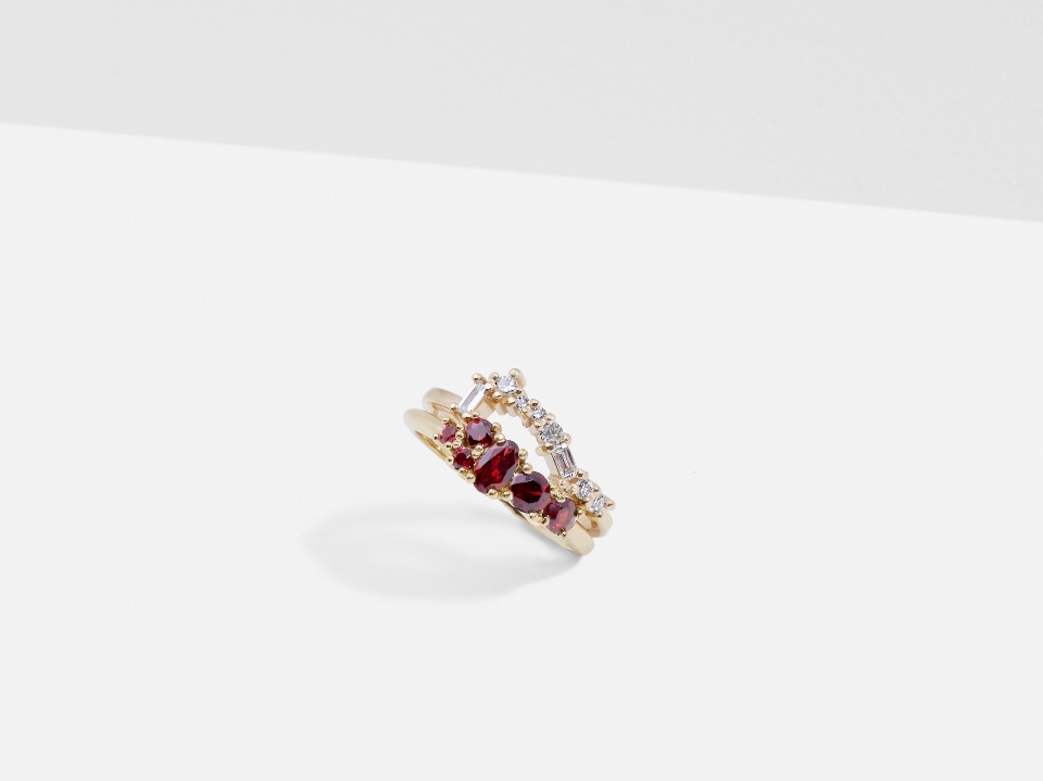 Diamond Cluster band with Garnet Cluster