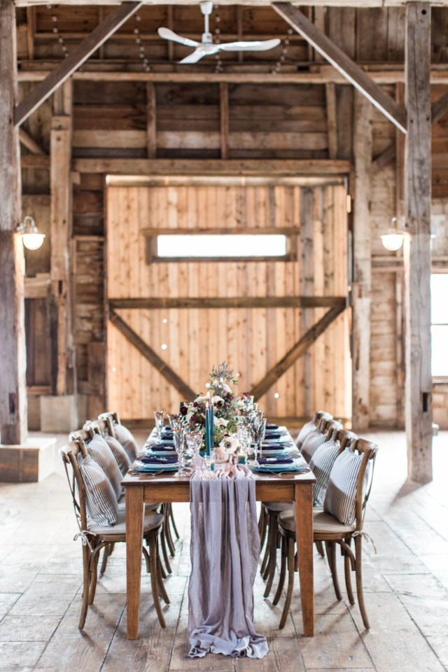 Cozy barn reception