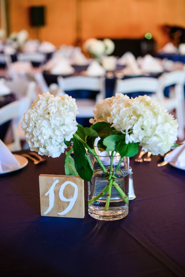 simple and chic hydrangea centerpieces