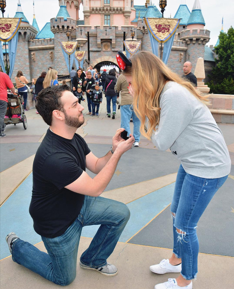 how to get engaged at Disneyland