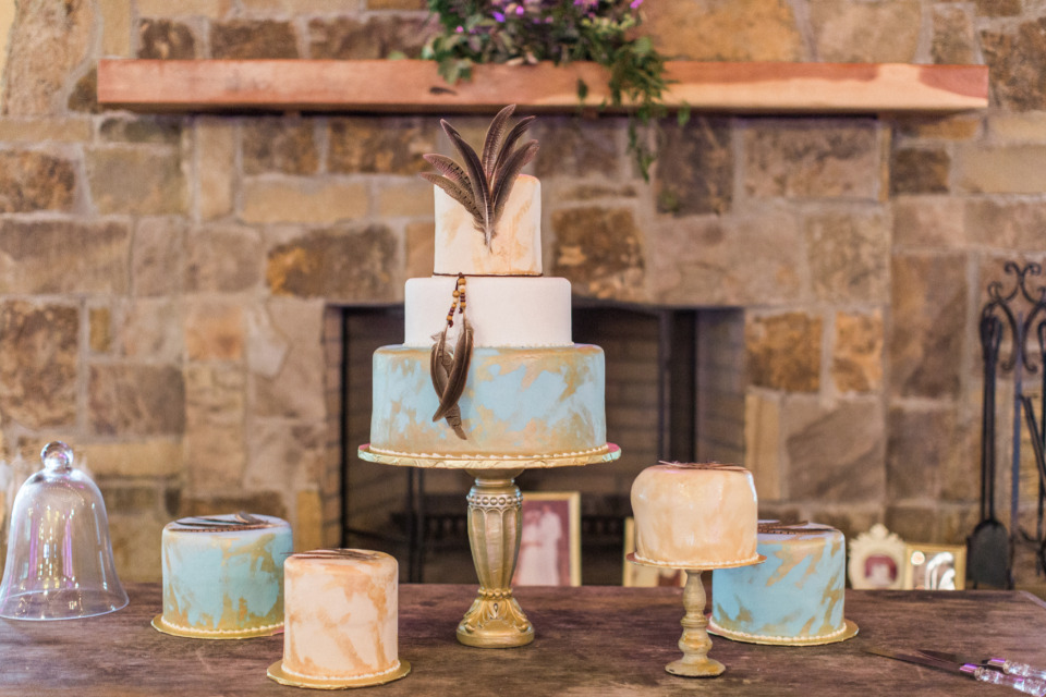 blue gold and white wedding cakes
