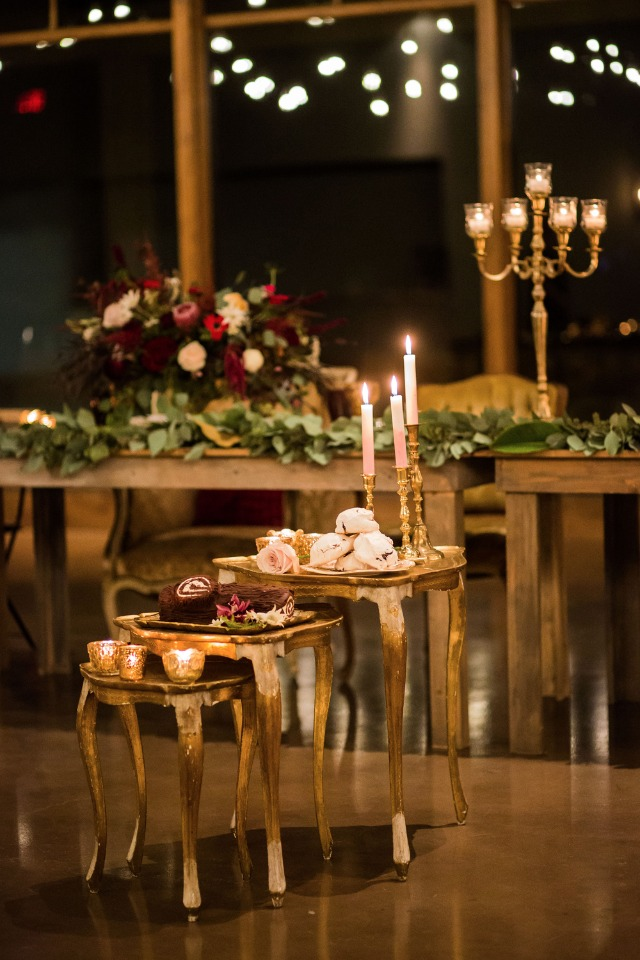 gold gilded dessert table