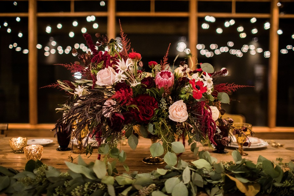 red and pink Fall inspired centerpiece