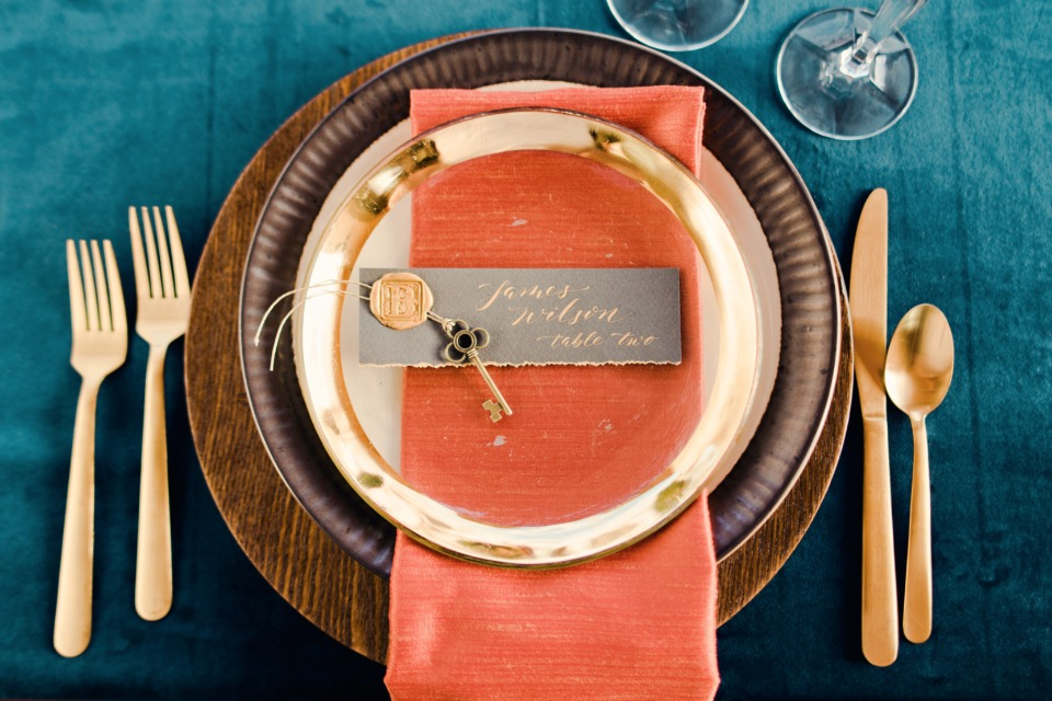 Pretty place setting with velvet texture