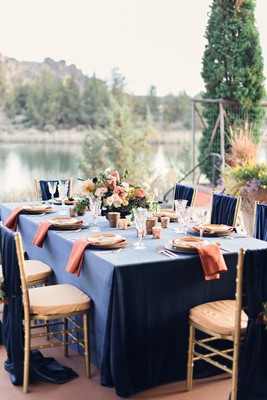Luxurious Navy And Gold Wedding Inspiration At Ranch At The Canyons