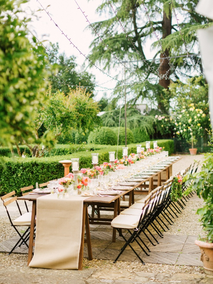 Garden reception in Tuscany