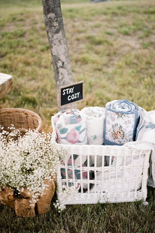 stay cozy wedding quilts