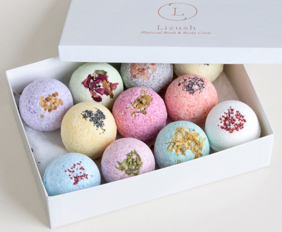 all natural bath bombs from Lizush