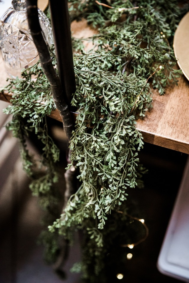 Loose greenery on tables