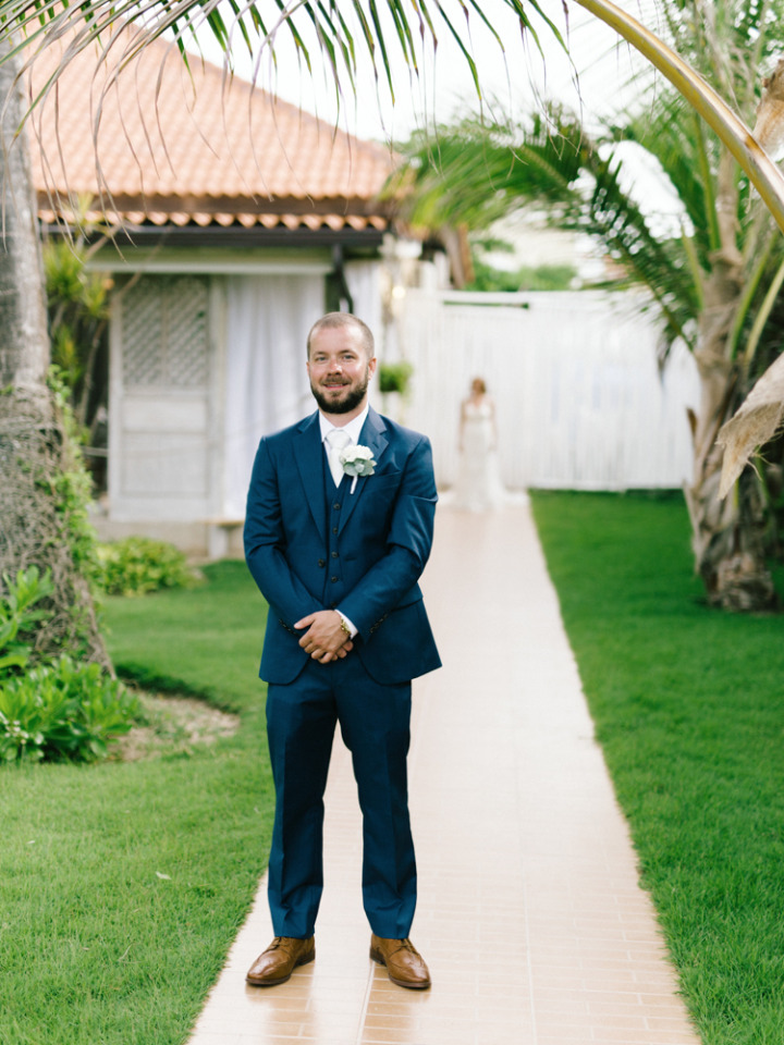wedding first look in Punta Cana