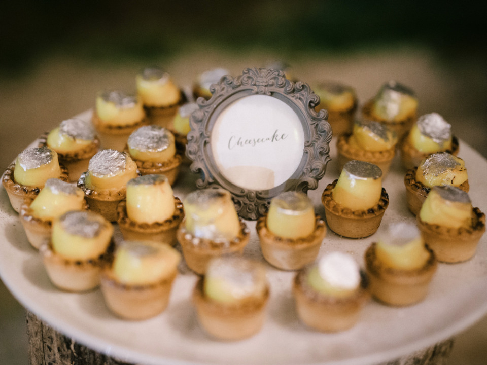 delicious cheesecake bites wedding dessert