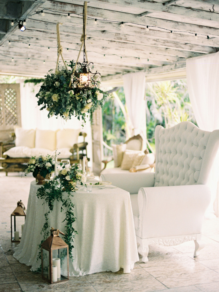 beautiful sweetheart table for destination wedding