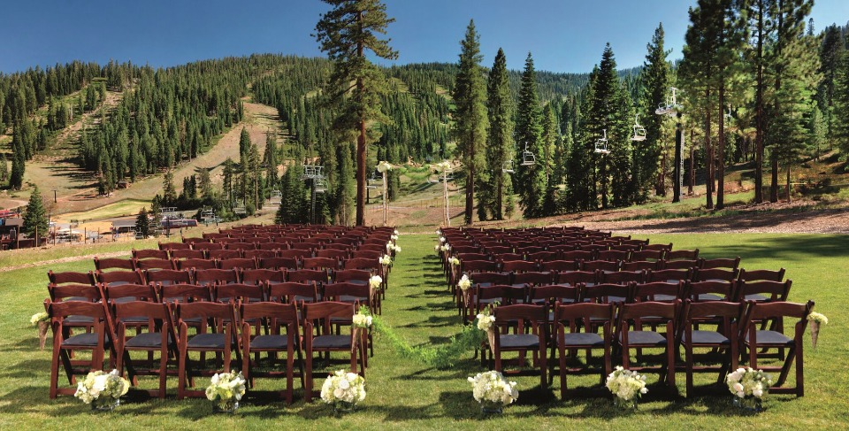 outdoor summer wedding venue at The Ritz-Carlton, Lake Tahoe